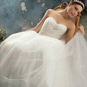 Alfred Angelo Disney Cinderella 205 Wedding Dress
